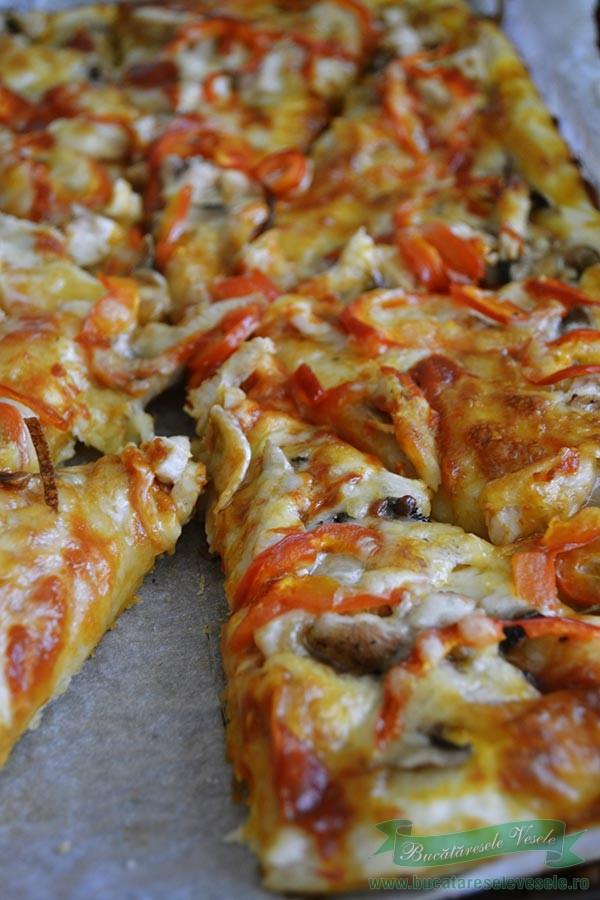 pizza-cu-piept-de-pui-1