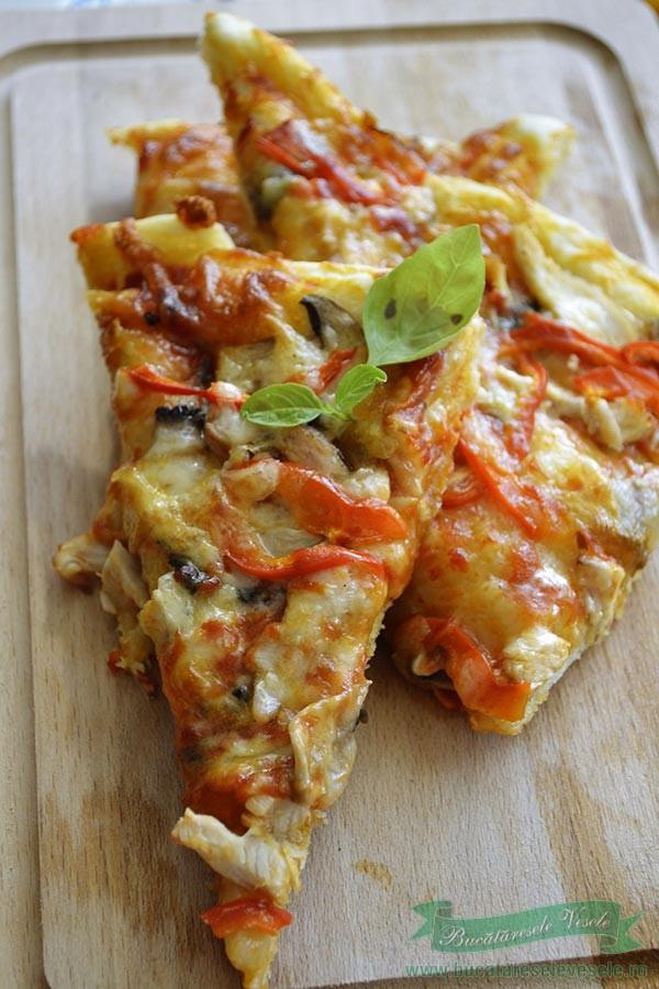 pizza-cu-pui-si-ciuperci-1
