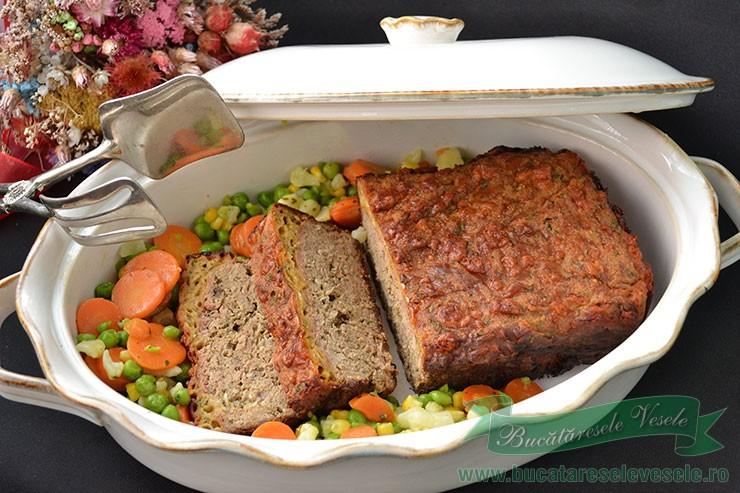 Rulada de Carne cu crusta de cascaval