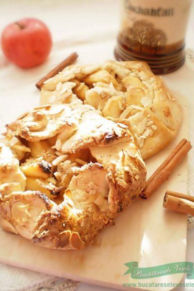 Tarta rustica cu mere