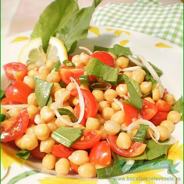 salata-de-naut-rosii-si-macris-ir