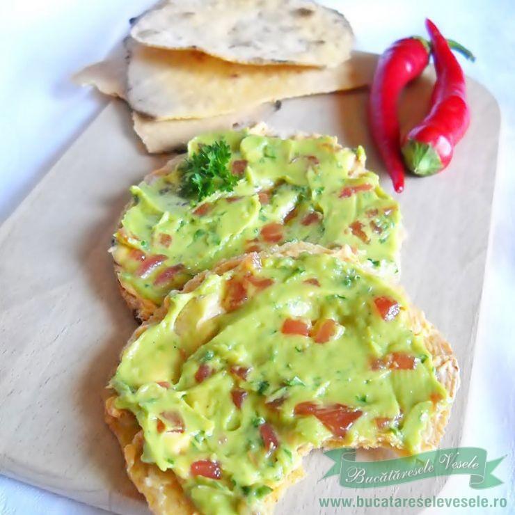 tortilla-de-porumb-cu-chili-si-usturoi-ir