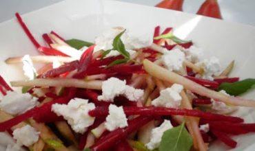 Salata de sfecla rosie si pere
