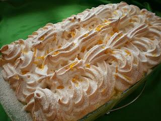Clatite in sos de vanilie
