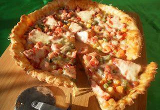 Pizza cu amestec mexican