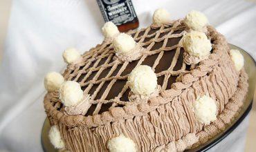 Tort cu crema de vanilie