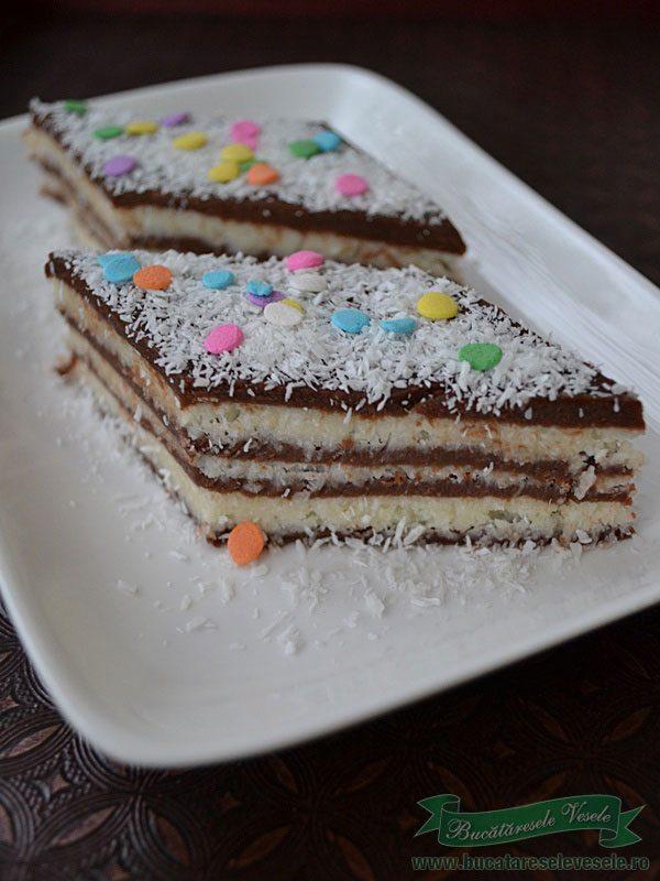 prajitura-cu-nuca-de-cocos-si-biscuiti