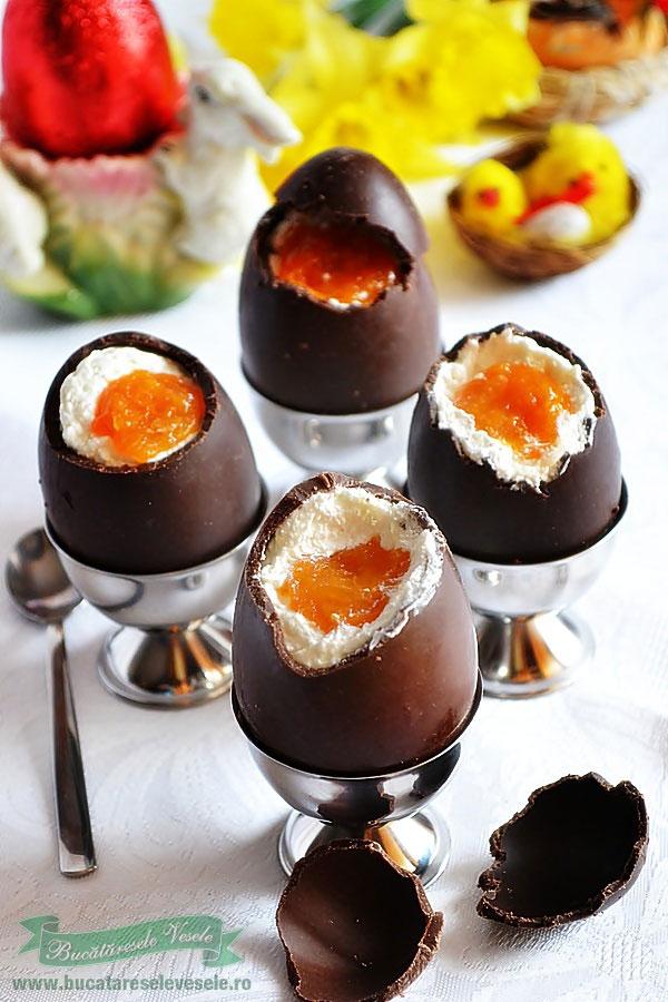 ou-de-ciocolata-umplut-caciulita
