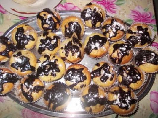 briose-cu-ciocolata-burcus-georgeta_resize