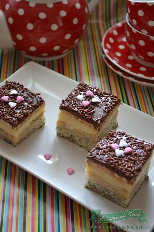prajitura-cu-mere-mac-si-crema-de-vanilie3