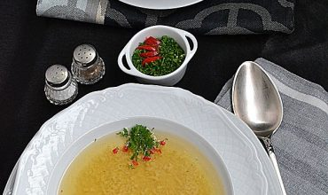 Supa de Gaina cu Razalai