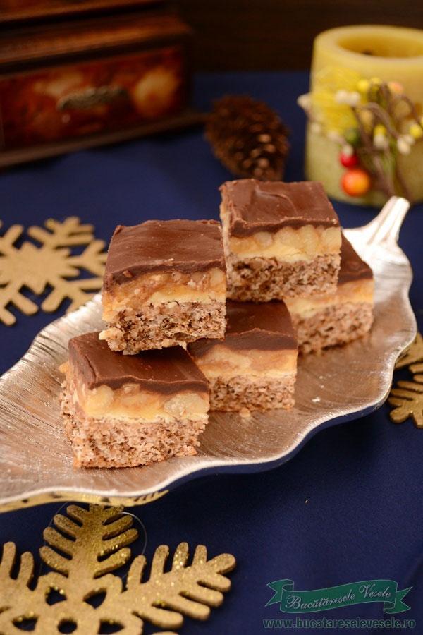 prajitura-cu-nuci-si-crema-caramel-snickers-1