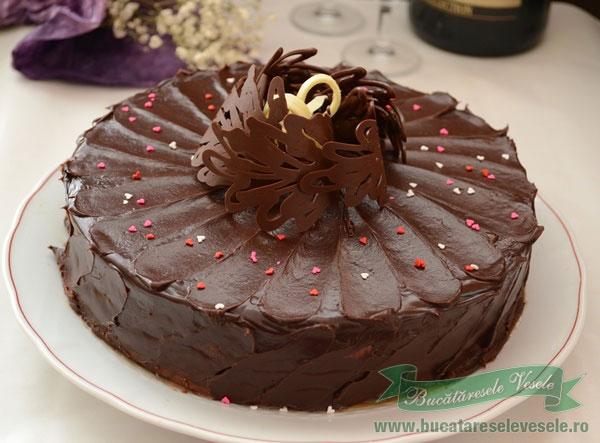tort-de-ciocolata-6-ani-de-blog-1