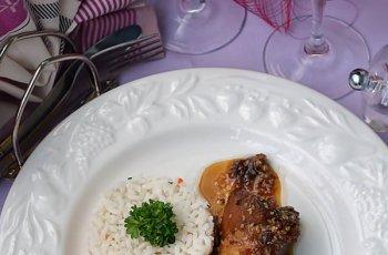 Ciolan de porc in sos dulce acrisor