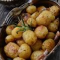 cartofi-noi-la-cuptor-cu-rozmarin-si-usturoi-1