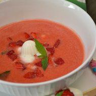 Supa rece de capsuni