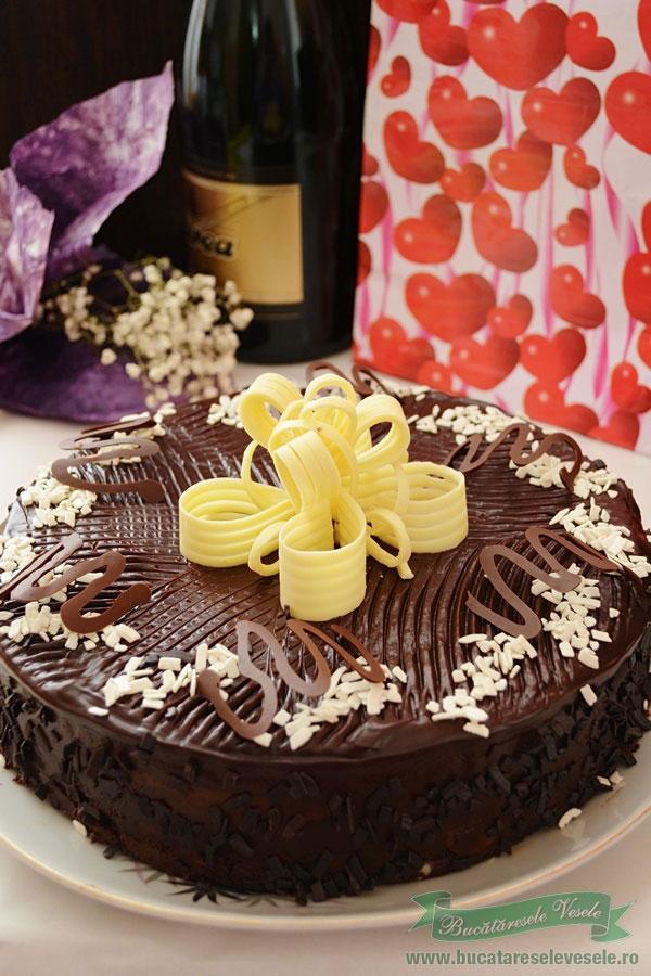 tort-cu-ciocolata-si-rom-2