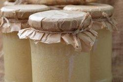 Pasta de Hrean la borcan
