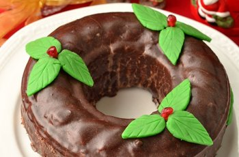 Coronita cu glazura de ciocolata