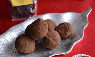 Trufe de ciocolata cu rom si agrise