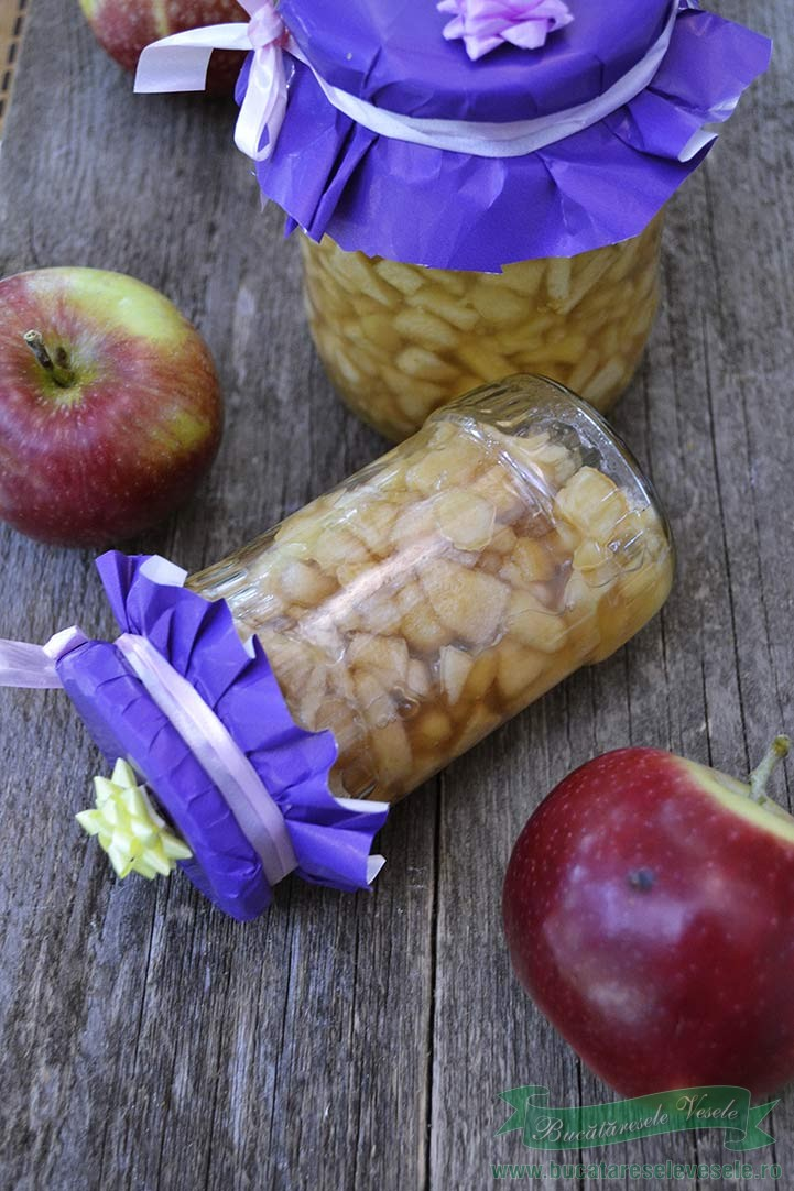mere conservate pentru prajituri
