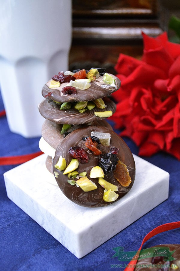 banuti-de-ciocolata-alba