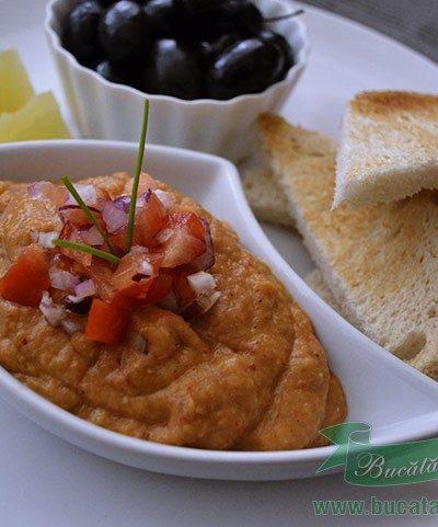 Salata Greceasca de Vinete cu Ardei