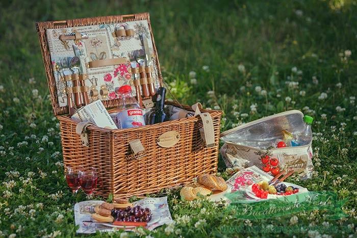 cos-pentru-picnic