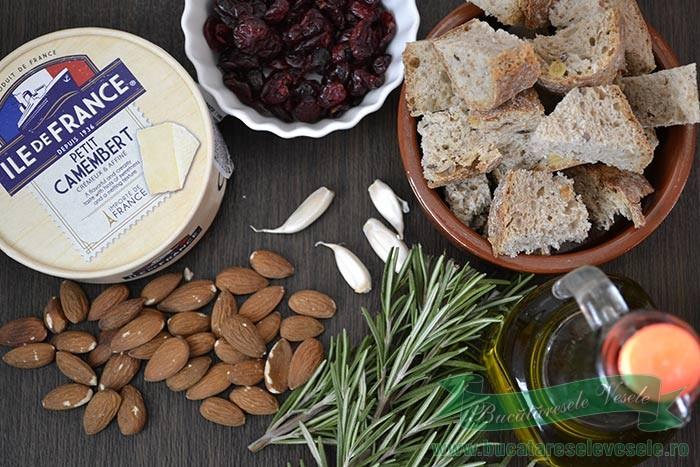 camembert-la-cuptor-cu-migdale-si-merisoare-ingrediente