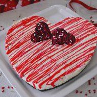 tort inimioara cu piersici