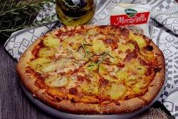 pizza cu cartofi si mozzarella