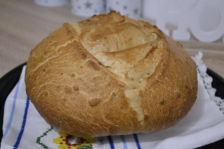 paine de casa cu seminte