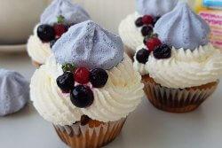 Muffins marmorat cu crema de branza