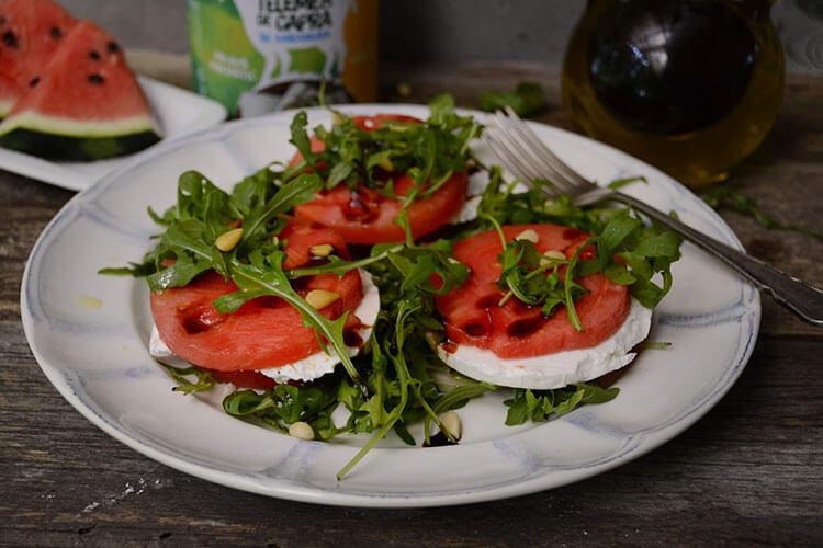 salata cu telemea si pepene rosu