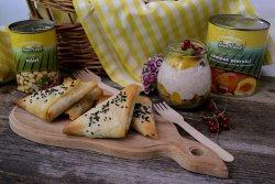 trigoane cu legume coapte pentru picnic