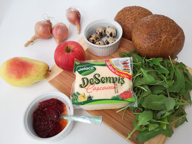 ingrediente sandvis cald