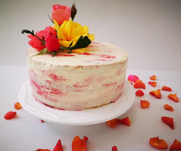 tort cu crema de mascarpone si zmeura