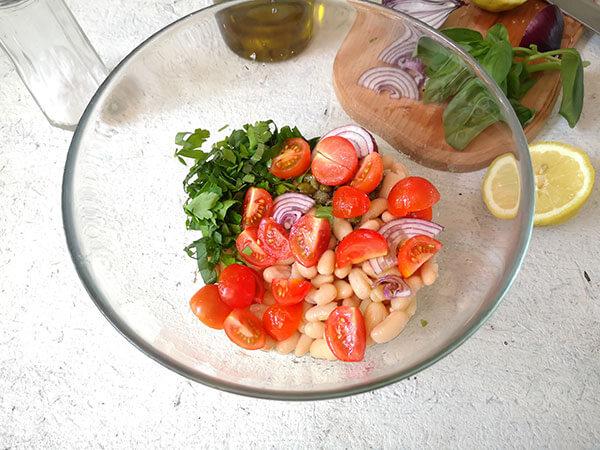 salata fasole boabe