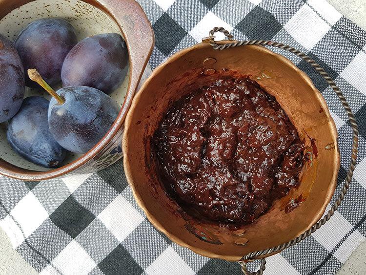 Dulceata de prune la cuptor