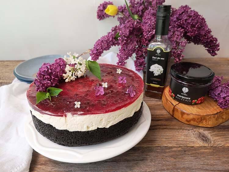 Cheesecake cu soc si merisoare