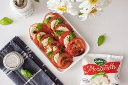 Salata caprese cu rosii si mozzarella