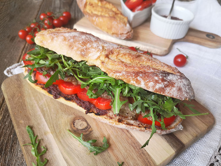 sandvis cu friptura de vita