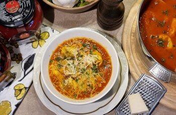 Supa de rosii cu tortellini